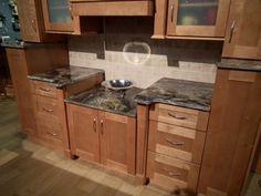 Shakertown Kitchen & Bathroom Cabinet Gallery - Shakertown from Kitchen Cabinet Kings.