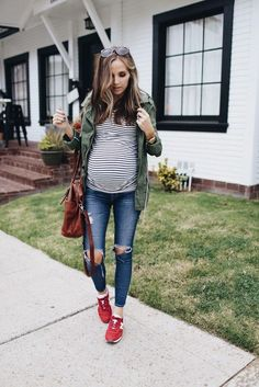 02-ripped-denim-red-chucks-a-striped-top-and-an-army-green-jacket.jpg (564×845)    #MaternityOutfits
