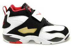 0830eeceac Nike Air Diamond Turf, Retro Sneakers, Nike Sneakers, Nike Shoes, Nike Max