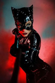 Meow credit_ @caoimhe #catwoman #catwomancosplay #dc #dccosplay #dccomic #dccatwoman #cosplay #cosplayer #cosplaygirl Catwoman Cosplay, Dc Cosplay, Cosplay Girls, Mask Online, Wigs Online, Anime Costumes, Cosplay Costumes, Halloween Cosplay, Halloween Costumes