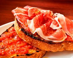 Pan con Tomate, fresh healthy breakfast -Spanish style, it also tastes nice without  jamón Serrano.