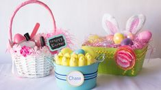 What do you need to make your guests happy on Easter? These DIY Easter basket ideas show you the way. Lava Cake Recipes, Awkward Family Photos, Plakat Design, Design Fails, Diy Ostern, Playground Design, Jüngstes Kind, Christmas Cocktails, Cream Recipes