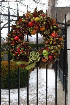 Williamsburg style wreath