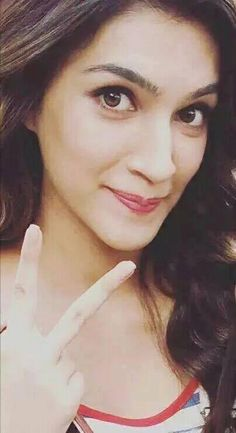 cutie Kriti Indian Celebrities, Bollywood Celebrities, Bollywood Actress, Bollywood Stars, Bollywood Fashion, Indian Actresses, Actors & Actresses, Maldives Vacation, Indian Star