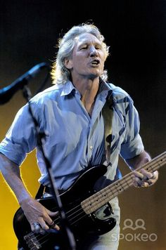 Roger Waters – Live 8 Rock N Roll Music, Rock And Roll, Pink Floyd More, Pink Floyd Roger Waters, Psychedelic Bands, David Gilmour, Progressive Rock, Papi, Popular Music
