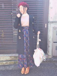 友達と中目黒ー! 最近知ったミューラルのサンプルセールで買い漁ったお品を着用😂 スカーフを、バッグ