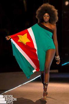Surinaamse vlag als fashion trendy kleding.