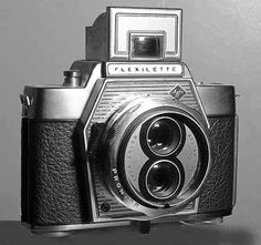 Agfa Flexilette, my All time favorite camera.... Must get it out and take photos!