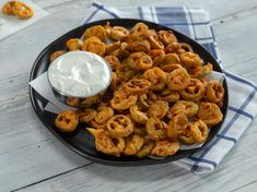 If you like fried pickles, you'll love fried pickled jalapeños. These jalapeños have a light kick without being overly spicy. Plus, they're tangy from the brine and packed with flavor thanks to taco seasoning. Fried Jalapenos, Pickling Jalapenos, Appetizer Dips, Appetizer Recipes, Sour Cream, Jalapeno Recipes, Jalapeno Cream Sauce Recipe, Fried Pickles, Mexican Food Recipes