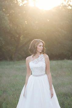 sun glowing bridal, asymmetrical dress {Laura Vogt Photography}