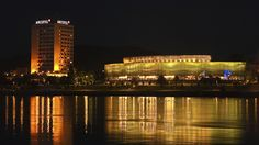 Brucknerhaus Linz, Austria - ©Carambol Vienna Austria, Salzburg, Budapest, Night Life, Vacation, Places, Travelling, Garden, Austria