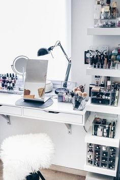 My new make-up corner including practical cosmetics storage! - New room inspo - Make-Up Sala Glam, Rangement Makeup, Rangement Diy, Vanity Room, Make Up Vanity Ikea, Ikea Mirror, Diy Vanity, Ikea Makeup Vanity, Vanity Decor
