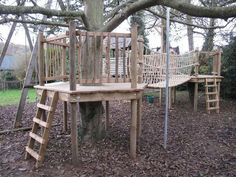 40 Lovely Playhouses And Tree House Ideas 47 Beautiful Playhouses And Tree House Ideas Tree House Playground, Backyard Playground, Backyard For Kids, Dog Playground, Build A Playhouse, Wooden Playhouse, Playhouse Ideas, Cubby Houses, Play Houses