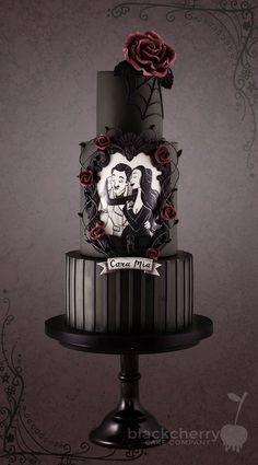 Awesome Beautiful Wedding Cake Ideas That Every Women Want Awesome 20 + Schöne Hochzeitstorte Ideen, die jede Frau will Gothic Wedding Cake, Gothic Cake, Black Wedding Cakes, Beautiful Wedding Cakes, Beautiful Cakes, Amazing Cakes, Gothic Wedding Ideas, Cake Wedding, Wedding Shoes