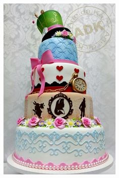 Alice cake, I love this rather then the more crazy looking alice cakes.