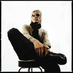See Paul Weller pictures, photo shoots, and listen online to the latest music. Ocean Colour Scene, The Style Council, The Beautiful South, Paul Weller, Elvis Costello, Noel Gallagher, Latest Music, Handsome Boys, Rock And Roll