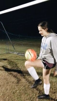 Soccer Training Drills, Soccer Workouts, Soccer Drills, Soccer Cleats, Soccer Tumblr, Soccer Memes, Lacrosse Memes, Soccer Quotes, Football Girls