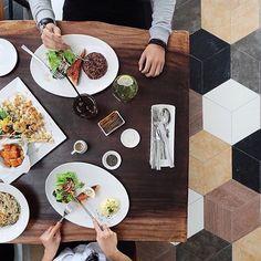 Regram by @silvianaang 🍽 #FoodiesTiles #TileAddiction