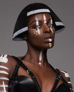 """트위터의 Spartan Lee 님: """"British Hair Awards - Afro Finalist collection by Luke Nugent. Absolutely incredible. https://t.co/Te4WnjfinH"""""""