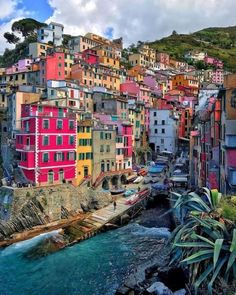 Riomaggiore In Cinque terre, Italy Italy Tourism, Travel And Tourism, Italy Travel, Travel Guide, Places To Travel, Travel Destinations, Places To Visit, Amazing Destinations, Italy Vacation