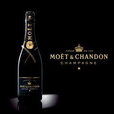 Moet Chandon, Gin, Tropical, Bottle, Wine Vineyards, Champagne, Diversity, Bucket Lists, Elegant