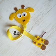some felt and a ribbon - bookmark Felt Diy, Felt Crafts, Fabric Crafts, Sewing Crafts, Diy And Crafts, Crafts For Kids, Paper Crafts, Diy Bookmarks, Crochet Bookmarks