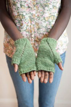 sherwood mitts - $5.00 : Quince and Company, American Wool Yarn
