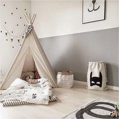ティピーのある子ども部屋 隠れ家のように楽しめて、海外の子ども部屋では定番のティピー。マットレスと布団を敷けば、まるでキャンプをしているかのような気分を楽しめます。