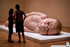 Ron Mueck sculpture... amazing!