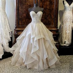 Gorgeous Embroidery Beading Sweetheart Organza Layered Wedding Ball Gown Dress,MD 135