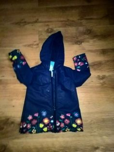 Tu blue floral rubber jacket in excellent condition Red And White Dress, Fleece Lined Hoodie, Pink Long Sleeve Tops, Horse Print, Open Front Cardigan, Black Sequins, Hoodie Jacket, Fashion Prints, Cap Sleeves
