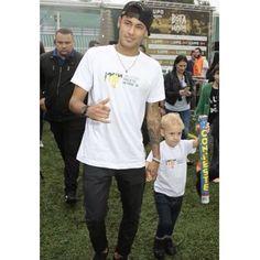 Ney at #institutoneymarjr 07.07.2015 #Neymarzete #Forever @neymarjr My boys