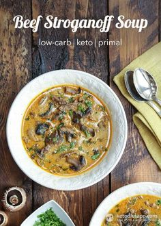 Beef Stroganoff Soup (This picture makes me hungry! 2# steak, 1# mushrooms and on-hand ingredients) Low Carb Soups, Low Carb Soup Recipes, Primal Recipes, Ketogenic Recipes, Ketogenic Diet, Healthy Soups, Healthy Eating, Low Carb Beef Stew, Paleo Stew