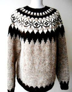 Beautiful sweater Icelandic / Original / Lopapeysa by Fair Isle Knitting Patterns, Sweater Knitting Patterns, Knit Patterns, Icelandic Sweaters, Nordic Sweater, Sweater Making, Knit Crochet, Wool, Inspiration
