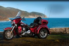 TRI GLIDE™ ULTRA CLASSIC®  The three-wheel pioneer designed to be the ultimate badass touring machine