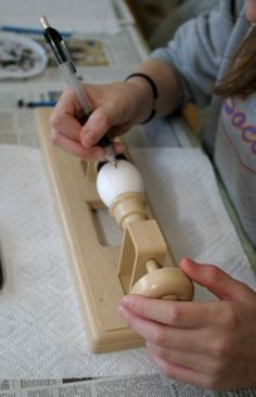 """One of the better """"how to"""" for Pysanky"""
