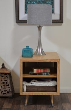 Blonde Mid Century Retro End Table - Mayan Natural
