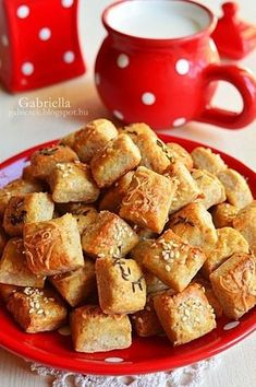 Gabriella kalandjai a konyhában :): Túrós falatkák Pretzel Bites, Cereal, French Toast, Bakery, Food And Drink, Sweets, Breakfast, Savory Snacks, Diet