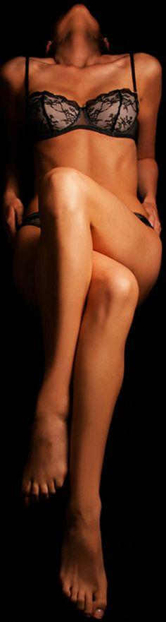 Embrace your inner seductress | Alise Black Photographic Studios #aliseblack #boudoirphotographers