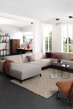 Miami Houses, Living Room Decor Cozy, Beauty Room, House 2, House Design, Couch, Interior Design, Decoration, Inspiration