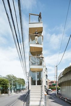 masatoshi hirai architects combines living and working in slender timber building in tokyo 3 Storey House Design, Tiny House Design, Japan Architecture, Architecture Details, Building Structure, Building Design, Small Japanese House, Modern Townhouse, Lofts
