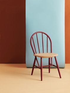 Discipline Catalogue, Photo by Carl Kleiner Furniture Making, Furniture Sets, Furniture Design, Composition Art, Chair Design, Home And Living, Color Inspiration, Living Spaces, Branding Design