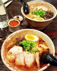 What is your go-to rainy day food?  As you may have guessed mine would have to be anything to do with a piping hot bowl of noodle soup!  There's something about eating a hot bowl of deliciousness that's just so comforting.