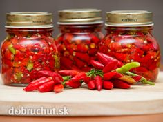 Chilli papričky Food Storage, Preserves, Chili, Salsa, Food And Drink, Gluten Free, Smoothie, Stuffed Peppers, Homemade