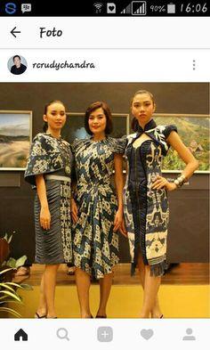 Beautiful batik Batik Kebaya, Batik Dress, Batik Fashion, Ethnic Fashion, Outer Batik, Ethnic Looks, Thai Dress, Clothing Hacks, Traditional Outfits