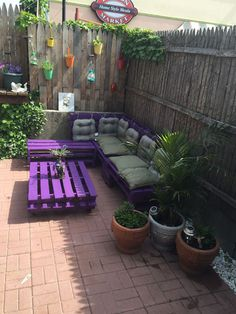 Pallet Sectional #Sofa and Coffee Table - Patio Sitting Furniture Made From Pallets | 101 Pallet Ideas
