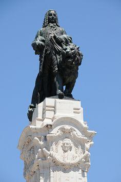 Marques de Pombal en Lisboa. Proyector de la Baixa tras el terremoto.