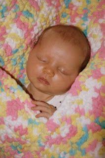 Crochet Baby Blanket Beginner, Crochet Baby Blanket Free Pattern, Bernat Baby Blanket, Baby Afghans, Easy Crochet, Crochet Blankets, Baby Blankets, Crochet Gifts, Crocheted Afghans