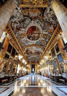 """eccellenze-italiane: """" Roma-Palazzo Colonna (Sala Grande Galleria in verticale) foto di Antonvito Paradiso """""""