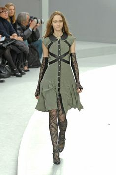Chanel Fall 2008 Ready-to-Wear Fashion Show - Freja Beha Erichsen